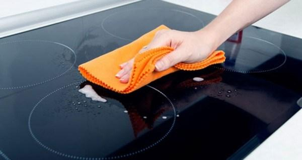 Bếp từ dễ vệ sinh